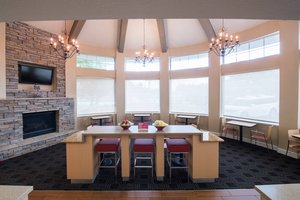 Restaurant - TownePlace Suites by Marriott Campbell