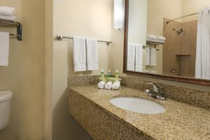 - Holiday Inn Express Hotel & Suites New Iberia
