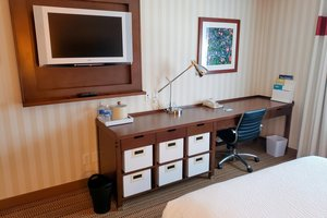 Room - Four Points by Sheraton Hotel Prince George