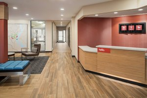 Lobby - TownePlace Suites by Marriott Dubuque