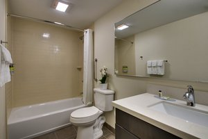 - Candlewood Suites East Wichita
