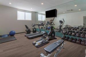 Fitness/ Exercise Room - Holiday Inn Express La Guardia Arpt Flushing