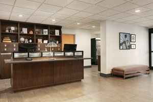 Lobby - Four Points by Sheraton Hotel Raleigh Arena