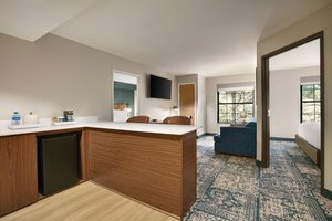 Suite - Four Points by Sheraton Hotel Raleigh Arena