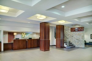 Lobby - Holiday Inn Hotel & Conference Center Barrie