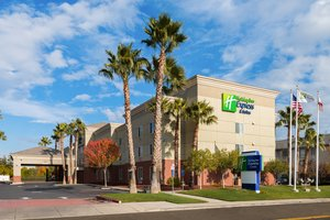 Exterior view - Holiday Inn Express Hotel & Suites Vacaville
