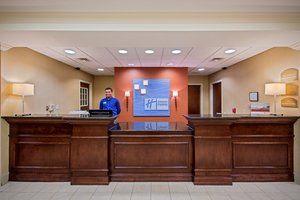Lobby - Holiday Inn Express Hotel & Suites Flowood