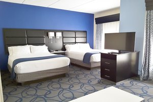 Room - Holiday Inn Express Hotel & Suites Lawrenceville