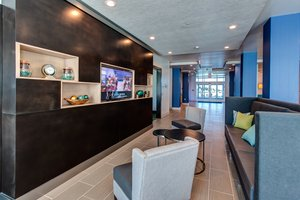 Lobby - Holiday Inn Express Hotel & Suites Gatesville