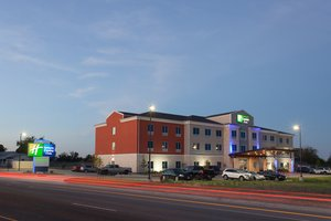 Exterior view - Holiday Inn Express Hotel & Suites Gatesville