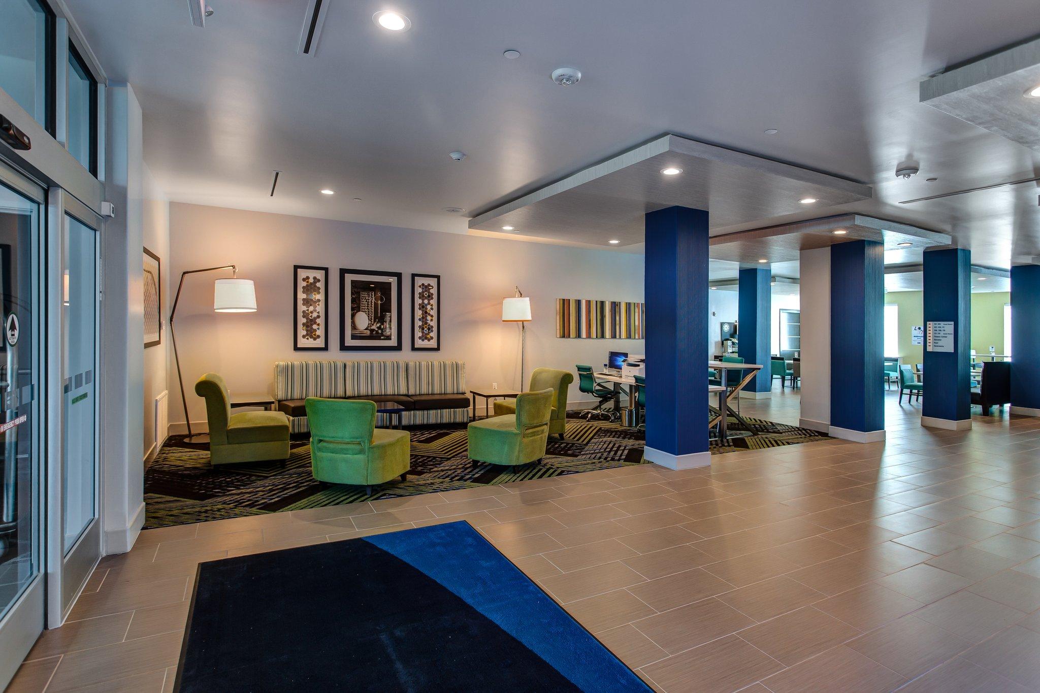 Holiday Inn Express & Suites GATESVILLE - N. FT HOOD