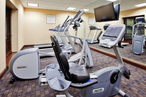 Fitness/ Exercise Room - Holiday Inn Express Hotel & Suites Newark