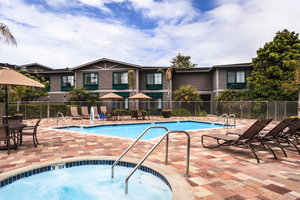 Pool - Holiday Inn Express Carpinteria