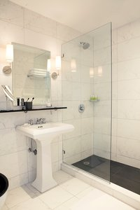 - Broome Hotel New York