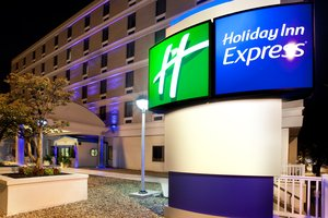 Exterior view - Holiday Inn Express Downtown Richmond