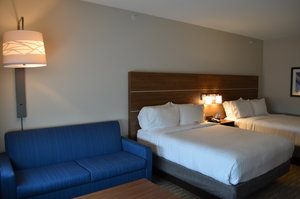 Suite - Holiday Inn Express Hotel & Suites Northeast University Charlotte