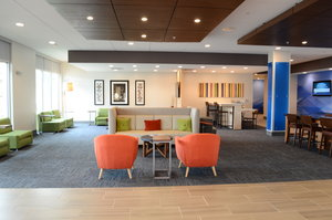 Lobby - Holiday Inn Express Hotel & Suites Northeast University Charlotte
