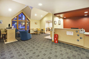 Lobby - TownePlace Suites by Marriott Sterling Heights