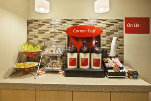 Restaurant - TownePlace Suites by Marriott Sterling Heights