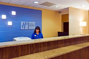 Lobby - Holiday Inn Express Hotel & Suites Miami