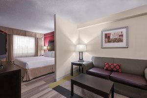 Room - Holiday Inn Express Hotel & Suites Miami