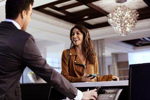Lobby - Crowne Plaza Hotel Northbrook