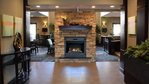 Lobby - Staybridge Suites West Chester
