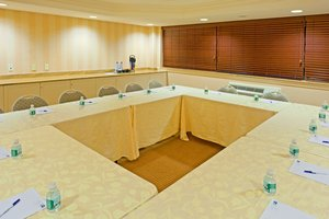 Meeting Facilities - Holiday Inn Express Lynbrook