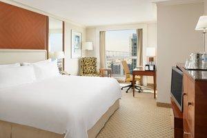 Room - Marriott Hotel Gaslamp Quarter San Diego