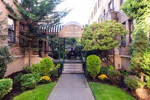 Exterior view - Inn at Queen Anne Seattle