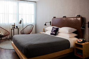 Room - Moxy Hotel by Marriott Downtown Memphis