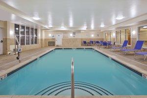 Pool - Holiday Inn Express Hotel & Suites Auburn Hills