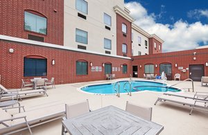 Pool - Holiday Inn Express Hotel & Suites Longview