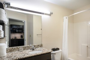 - Candlewood Suites Hopewell