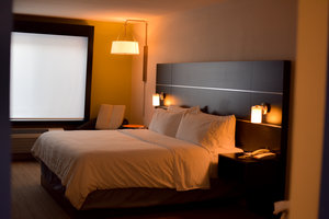 Room - Holiday Inn Express Hotel & Suites Maryville
