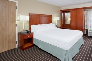 Room - Holiday Inn Express Coliseum Hampton