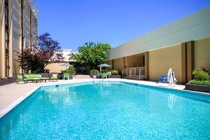 Pool - Holiday Inn Tanglewood Roanoke