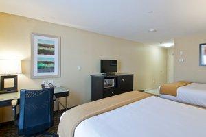 Room - Holiday Inn Express Hotel & Suites Fort Saskatchewan