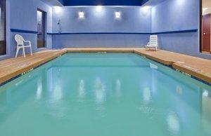 Pool - Holiday Inn Express Hotel & Suites Laurel