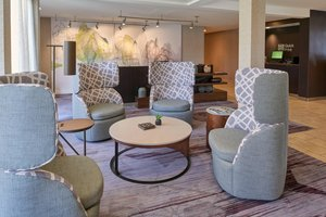 Lobby - Courtyard by Marriott Hotel Indianapolis
