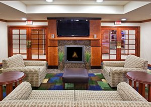 Lobby - Holiday Inn Express Hotel & Suites East Lansing