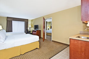 Suite - Holiday Inn Express Hotel & Suites East Lansing