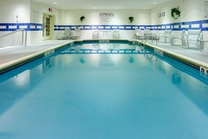 Pool - Holiday Inn Express Hotel & Suites Warwick