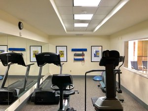 Fitness/ Exercise Room - Holiday Inn Express Hotel & Suites Vacaville