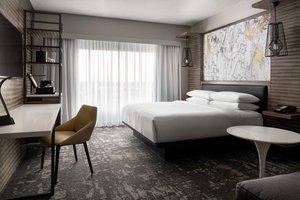Room - Marriott Hotel North Indianapolis
