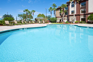 Pool - Staybridge Suites Airport South Orlando