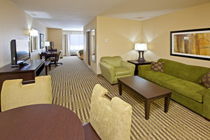 Suite - Holiday Inn Express Hotel & Suites Richwood