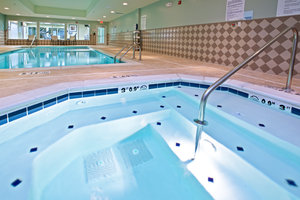 Pool - Holiday Inn Express Hotel & Suites Richwood