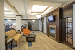 Lobby - Holiday Inn Express Hotel & Suites Richwood