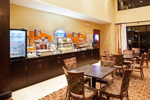 Restaurant - Holiday Inn Express Johnson City